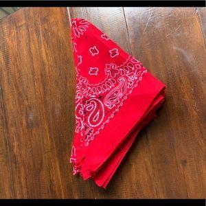 18 red bandanas